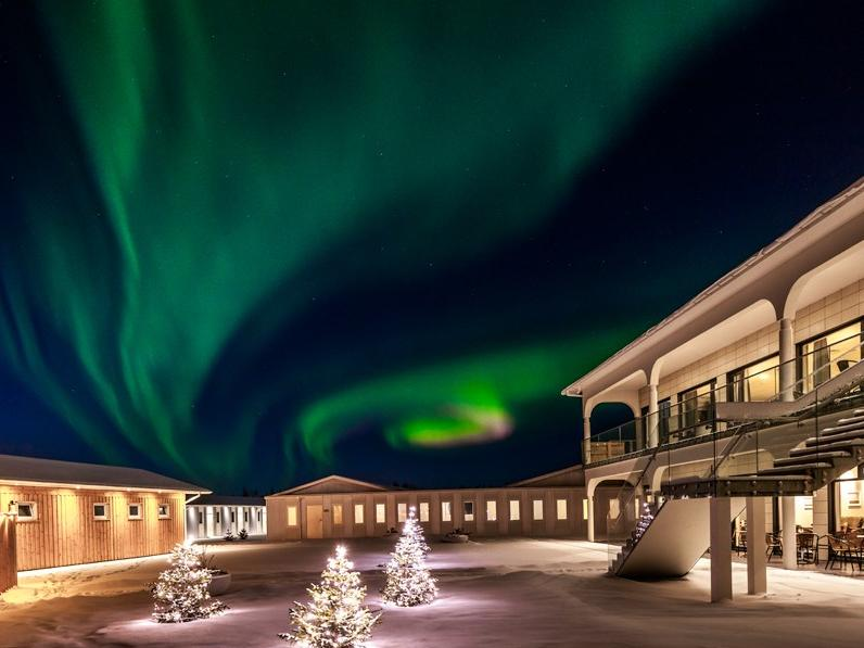 Northern Lights Self Drive at Hotel Stracta