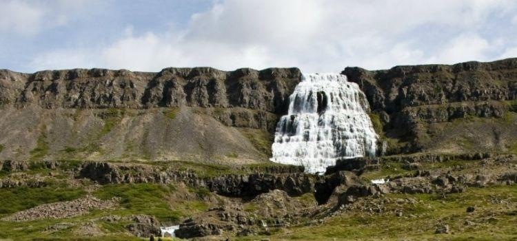 Amazing Reasons to Visit Iceland this April